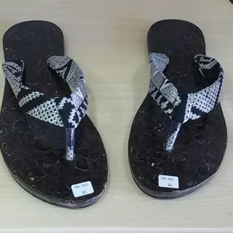 Sandal Kelapa (Black Silver) 38