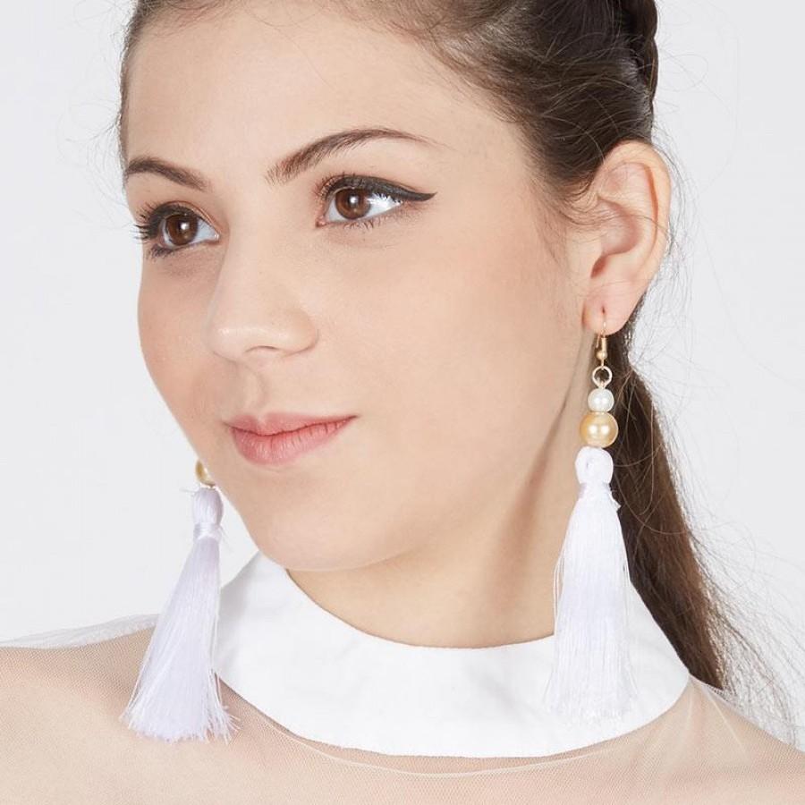 Anting Handmade Tassel Ivana White