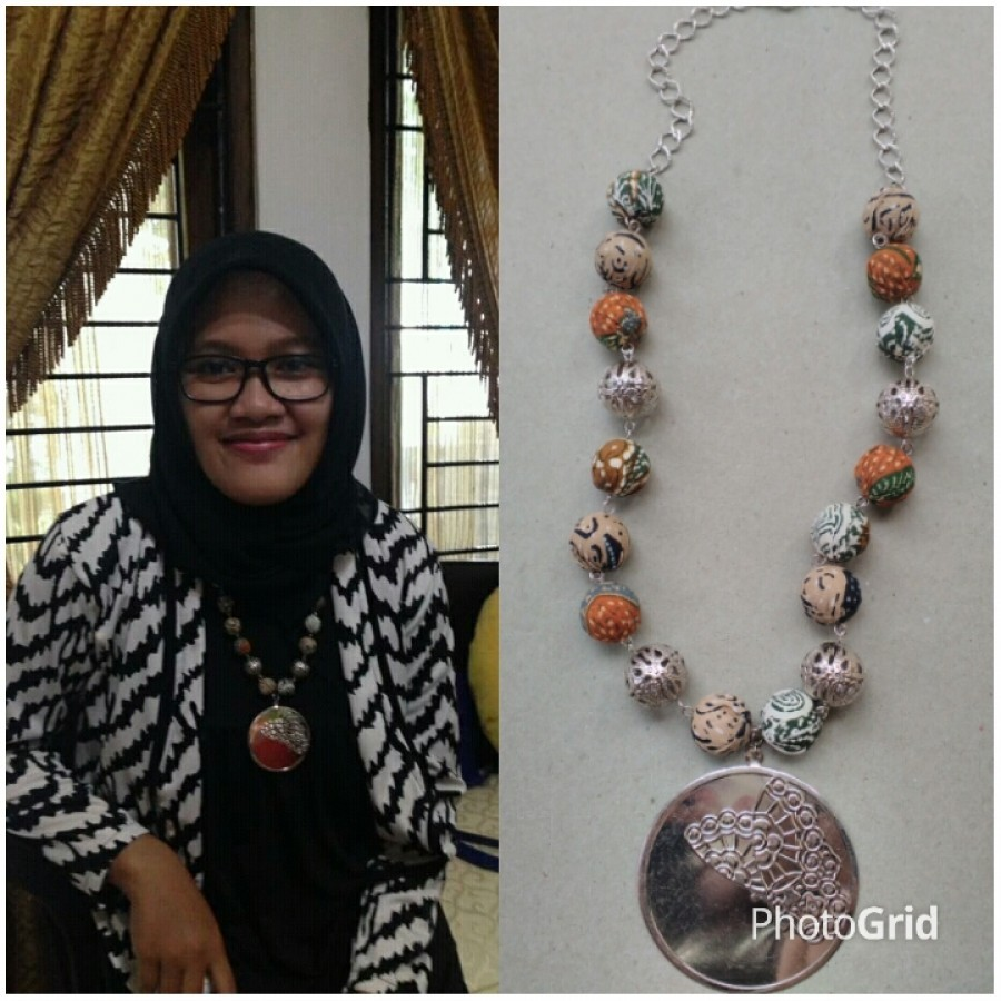 Kalung Batik Luna
