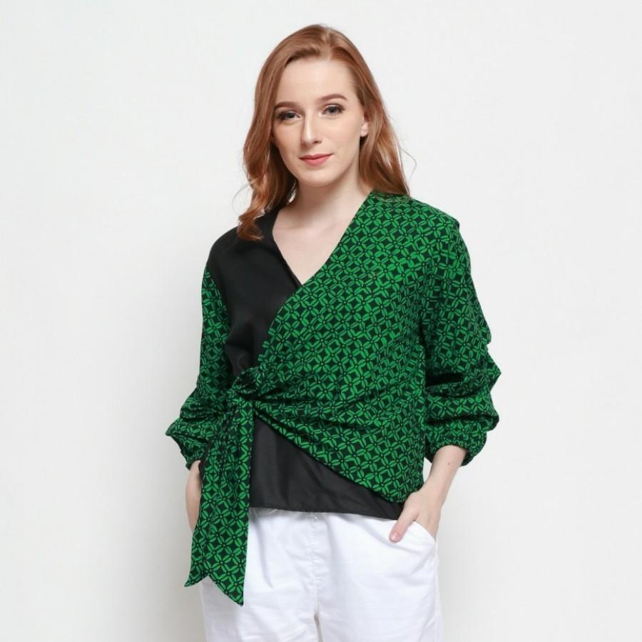 Batik Dirga Emrys Atasan Wanita / Blouse Batik