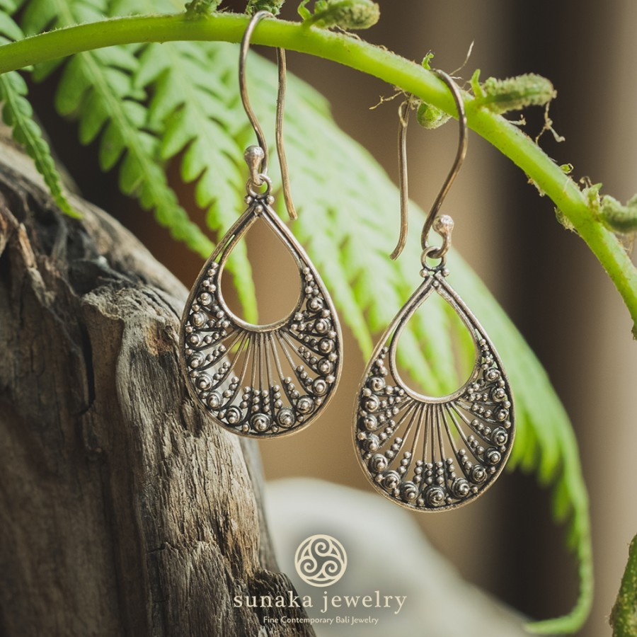 Anting Ombak Segara Gold Plated Mini Dangle Earrings / E.760