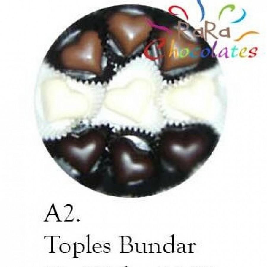 Cokelat Bentuk Praline Motif