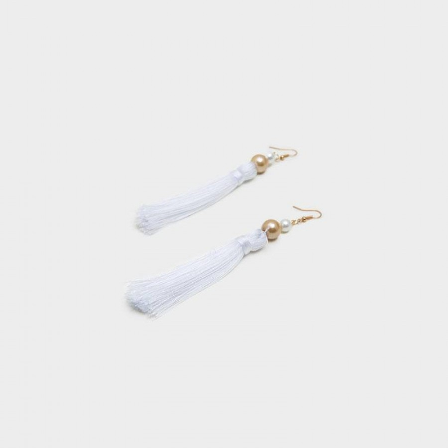 Anting Handmade Tassel Ivana White