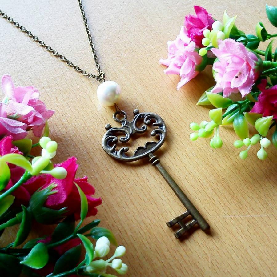 Kalung Vintage Key Kunci Antik