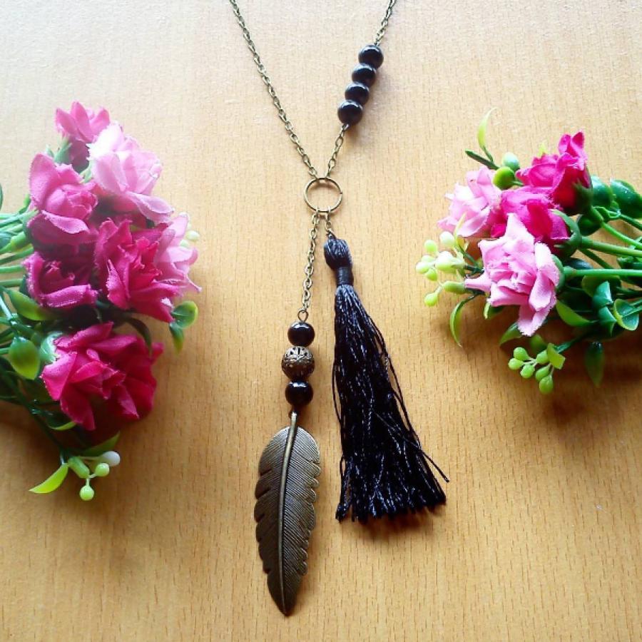 Kalung Black Feather Tassel