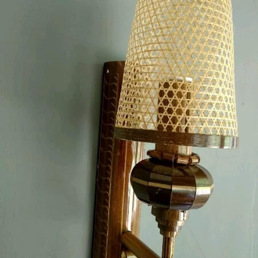 Kerajinan Lampu Tempel Bambu