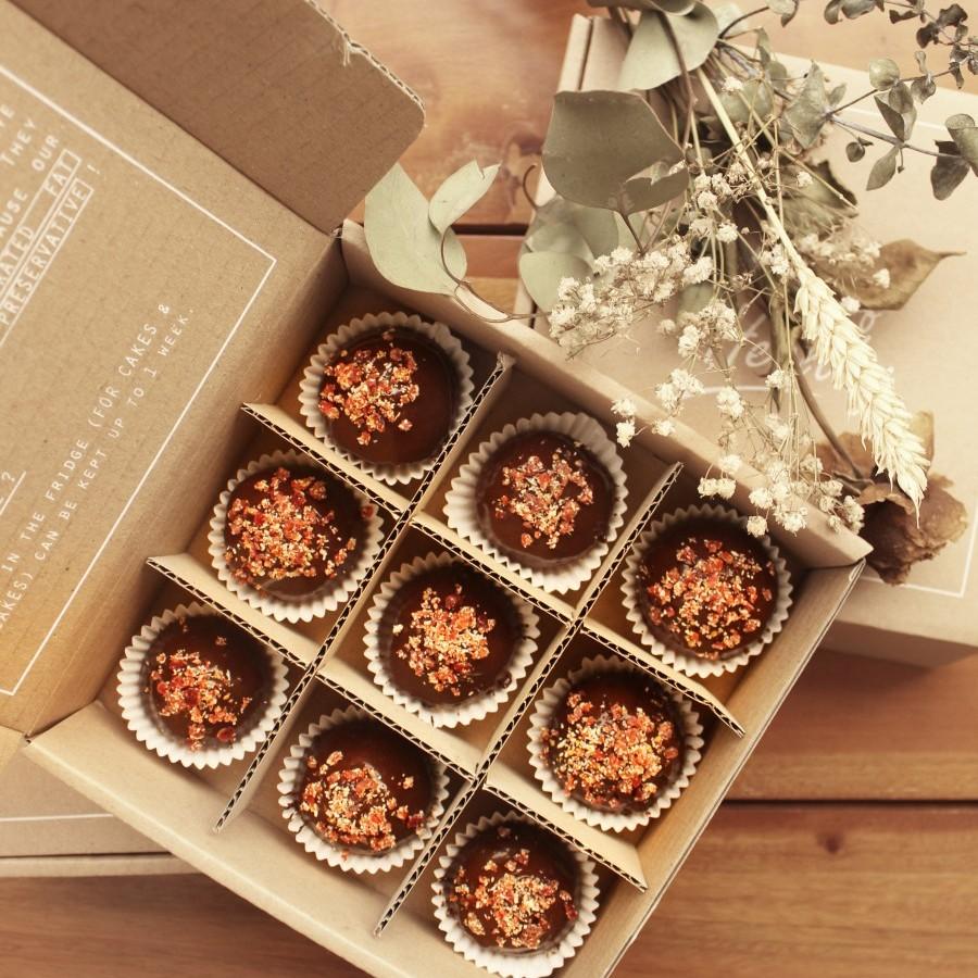 Vegan Chocolate Ganache Cupcakes