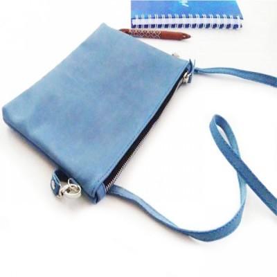 tas-clutch-kulit-asli-sapi-pull-up-warna-biru-tas-kulit-asli-
