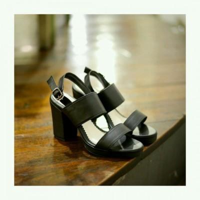 paola-heels