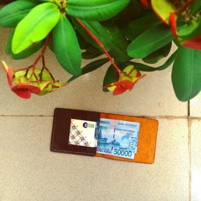 money-clip-color-dark-brown