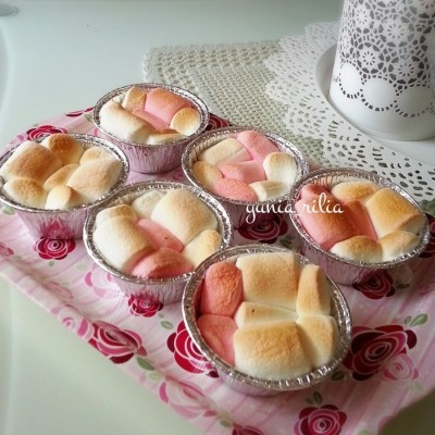 mini-cup-marshmallow-brownie-dip