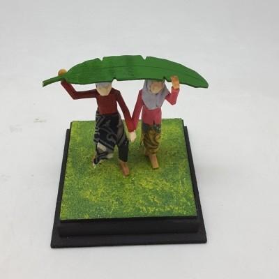 diorama-muslim-series-kehujanan