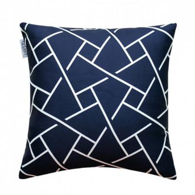 noir-cushion-40-x-40