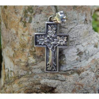 liontin-perak-salib-motif-pohon-kehidupan-30953
