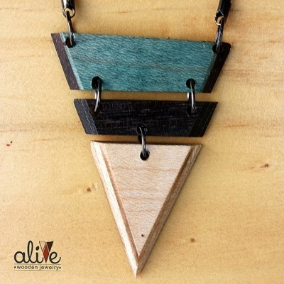 alive-wooden-triangle-3