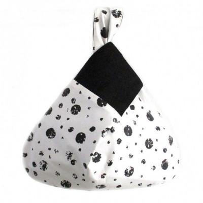 koinobori-black-pearls-wrist-bag-tas-wanita