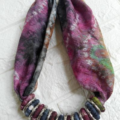 kalung-batik-kanti