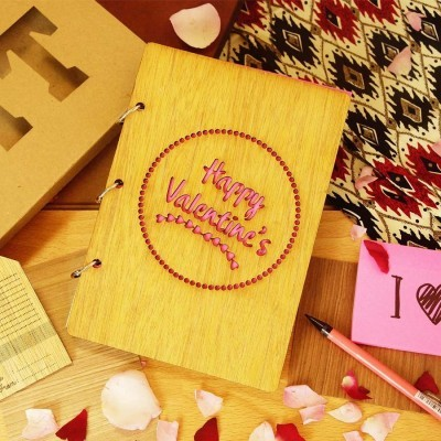 happy-valentine-wooden-notes