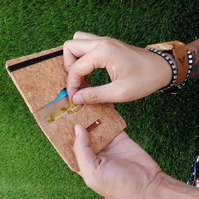 dompet-lipat-kecil-mini-wallet-dompet-simple-unisex-cork-lightenup