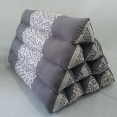 bantal-thailand-segitiga