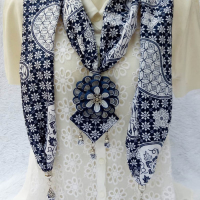 kalung-batik-scarf-sakura-dark-blue