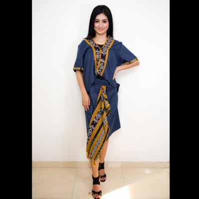gesyal-kebaya-motif-polos-list-batik-setelan-wanita-biru