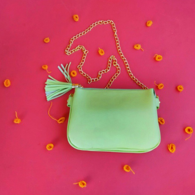 cindy-green-slingbag