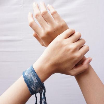 wae-ghole-bracelet-blue