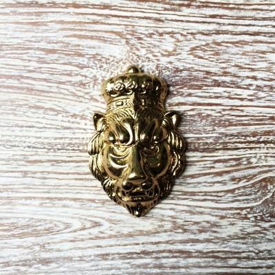 kepala-singa-kuningan-mk.200