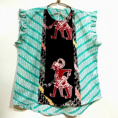 blouse-batik-bunga-bakung-wayang