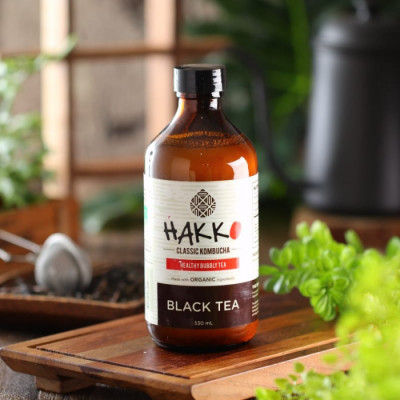 hakko-kombucha-black-tea-teh-hitam-330-ml