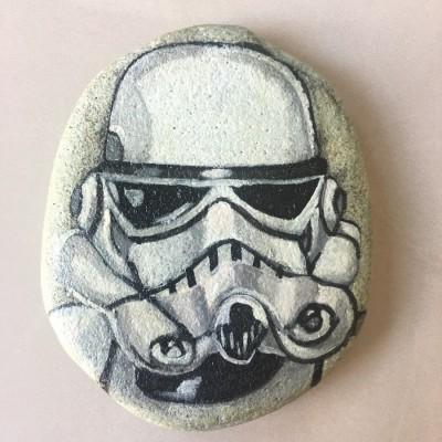 batu-lukis-star-wars-stormtrooper