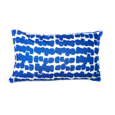 navy-lines-cushion-30-x-50
