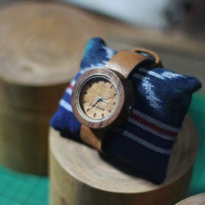 jam-tangan-kayu-handmade