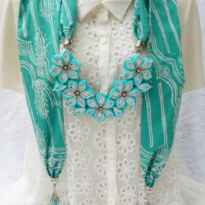 kalung-batik-scarf-sakura-tosca