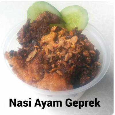 ayam-geprek-garlic-rice
