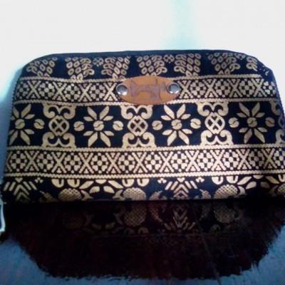 prada-accordion-wallet