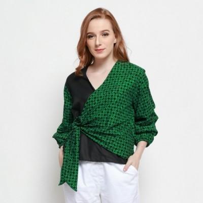 batik-dirga-emrys-atasan-wanita-blouse-batik