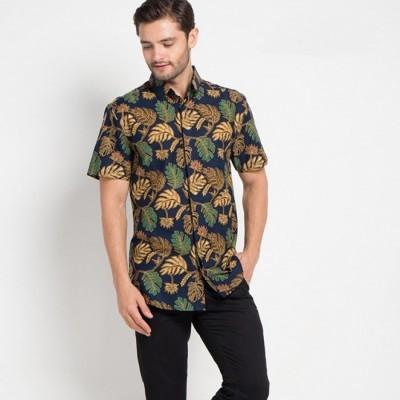 arthesian-kemeja-batik-pria-breadfruit-leaf-batik-printing