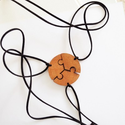puzzle-wooden-necklace-3-in-1