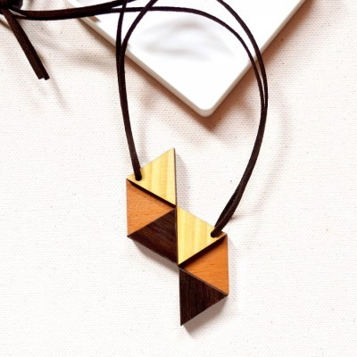 triangles-wooden-necklace-ii