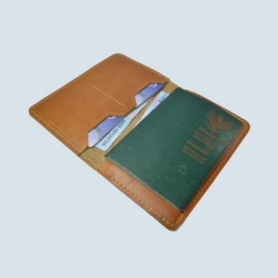 dompet-passport-simpel-kulit-sapi-asli-warna-tan-passport-cover
