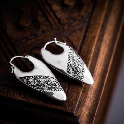 anting-batik-hoop-earrings-motif-batik-indonesia