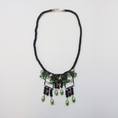froska-necklace