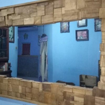 mirror-wood