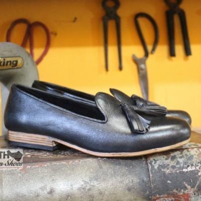 sepatu-kulit-kustom-loafers