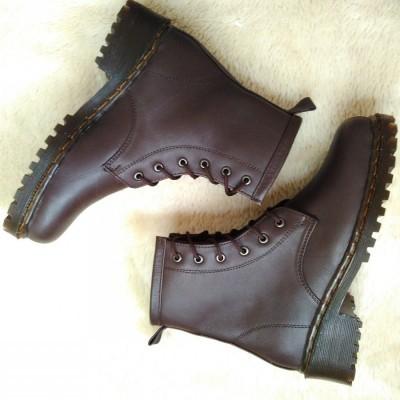 dm-boots-heels