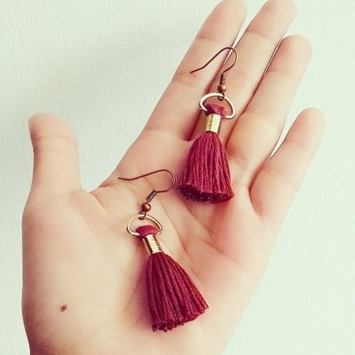 uri-maroon-earrings