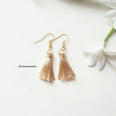 anting-tassel-mini-coklat