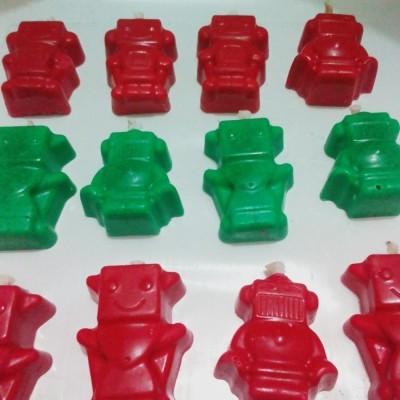lilin-lucu-bentuk-robot-mengandung-minyak-sereh
